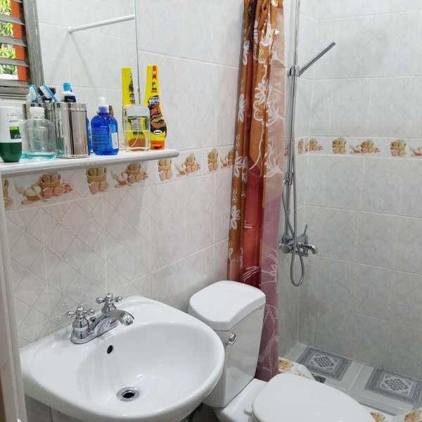 Casa de 3 cuartos, 2 baños y 1 garaje por $ 100.000