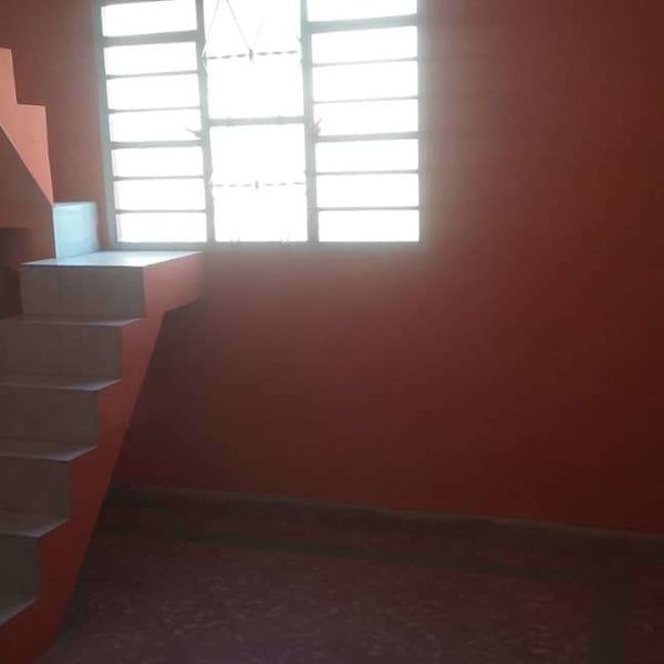 Casa de 3 cuartos, 2 baños y 1 garaje por $ 70.000