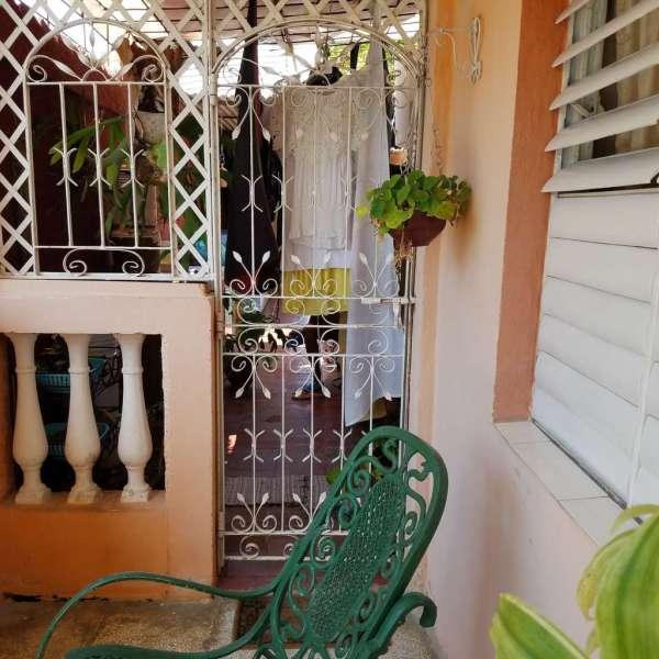 Casa de 1 cuarto, 1 baño y 1 garaje por $ 23.000