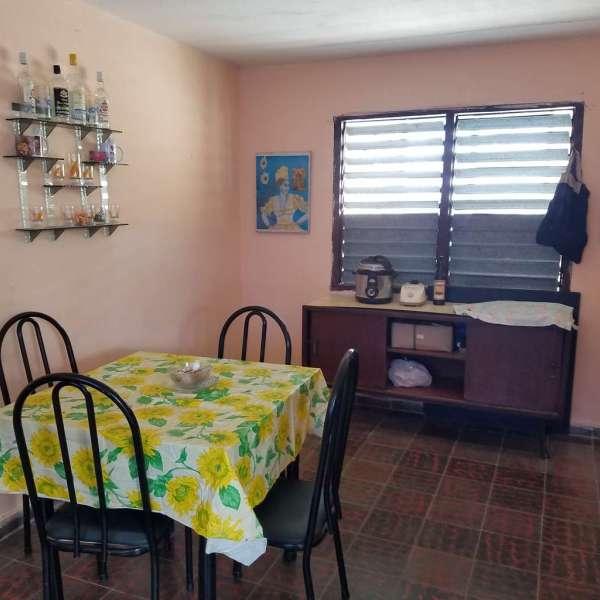 Casa de 3 cuartos y 1 baño por $ 16.000