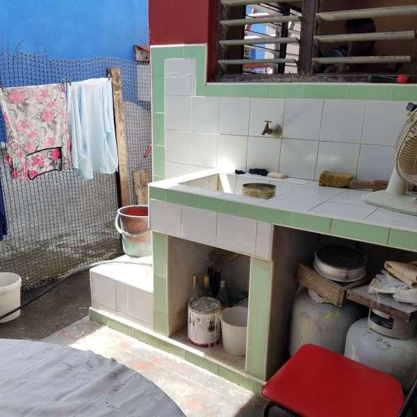 Casa de 3 cuartos y 1 baño por $ 16.000: