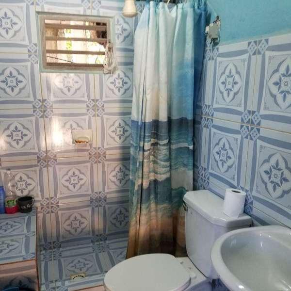 Casa de 3 cuartos y 2 baños por $ 19.000: