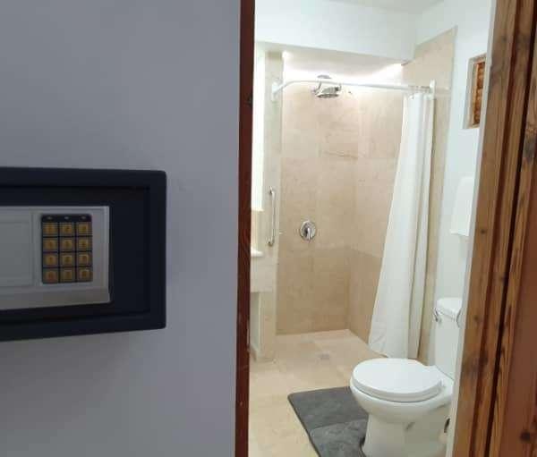 Casa de 7 cuartos y 8 baños por $ 400.000: