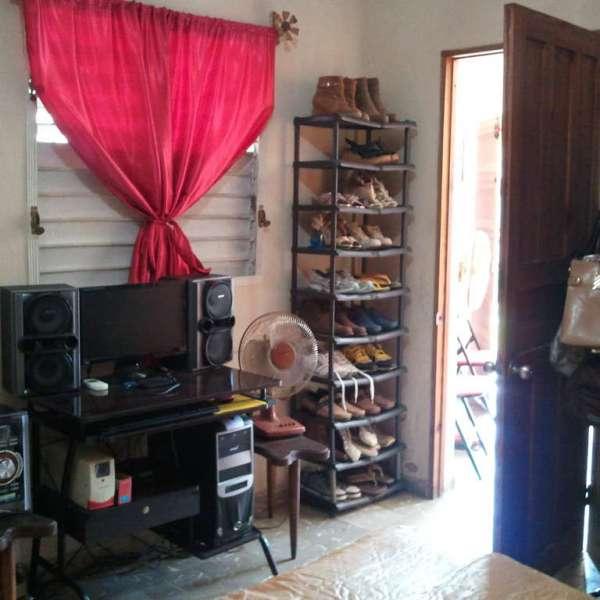 Casa de 1 cuarto, 1 baño y 1 garaje por $ 15.000:
