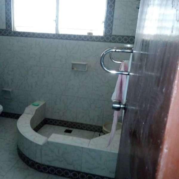 Casa de 3 cuartos y 1 baño por $ 50.000: