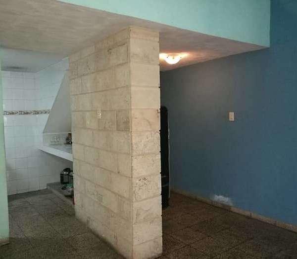 Casa de 3 cuartos, 2 baños y 1 garaje por $ 40.000