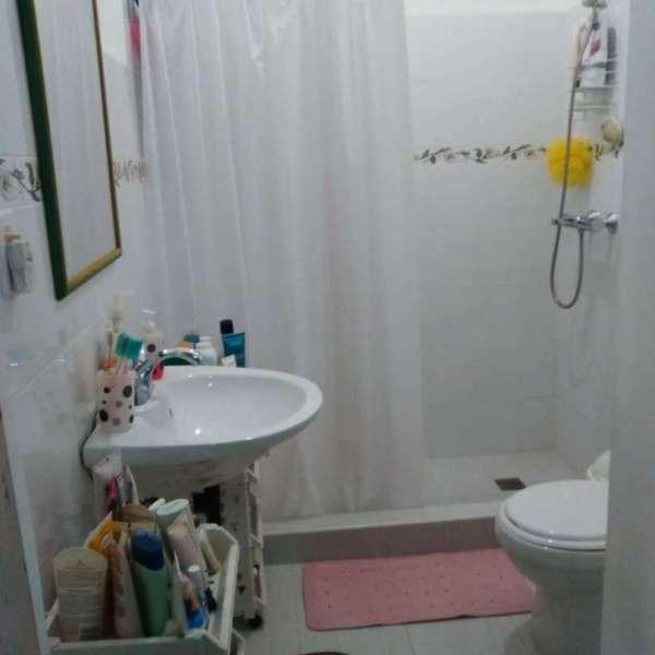 Apartamento de 4 cuartos y 3 baños por $ 180.000