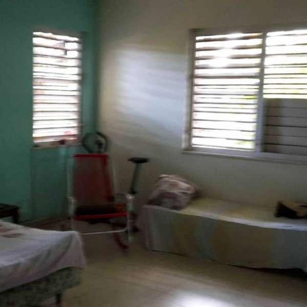 Casa de 6 cuartos, 4 baños y 1 garaje por $ 500.000