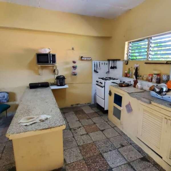 Casa de 5 cuartos y 2 baños por $ 75.000