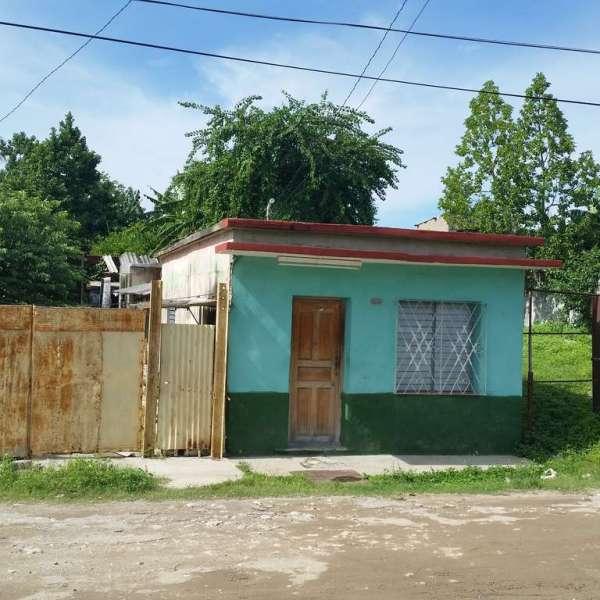 Casa de 3 cuartos y 1 baño por $ 13.000