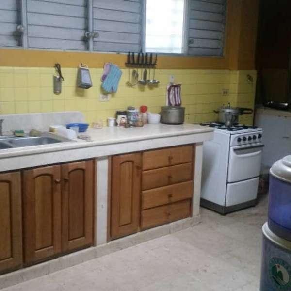 Casa de 5 cuartos, 5 baños y 1 garaje por $ 500.000