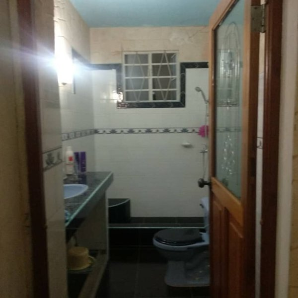 Casa de 4 cuartos, 2 baños y 1 garaje por $ 49.000: