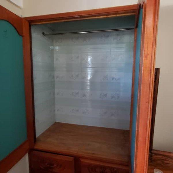 Apartamento de 3 cuartos y 1 baño por $ 10.000