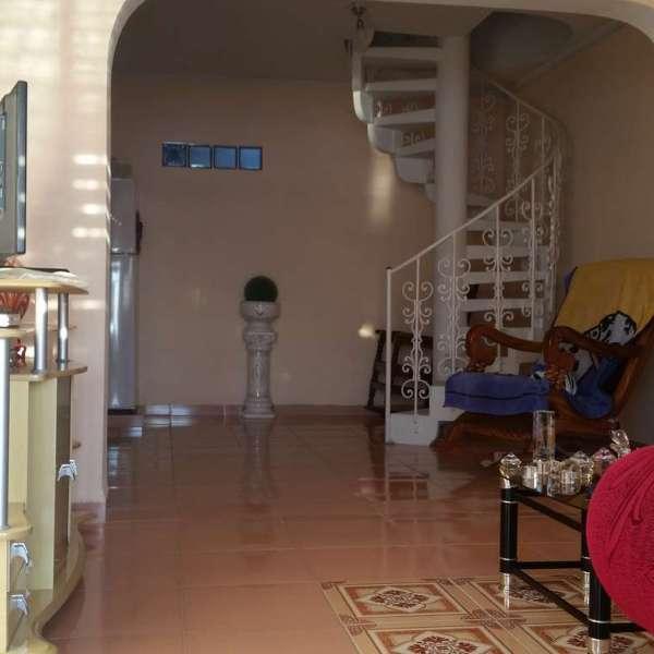 Apartamento de 3 cuartos y 2 baños por $ 60.000: Sala y saleta