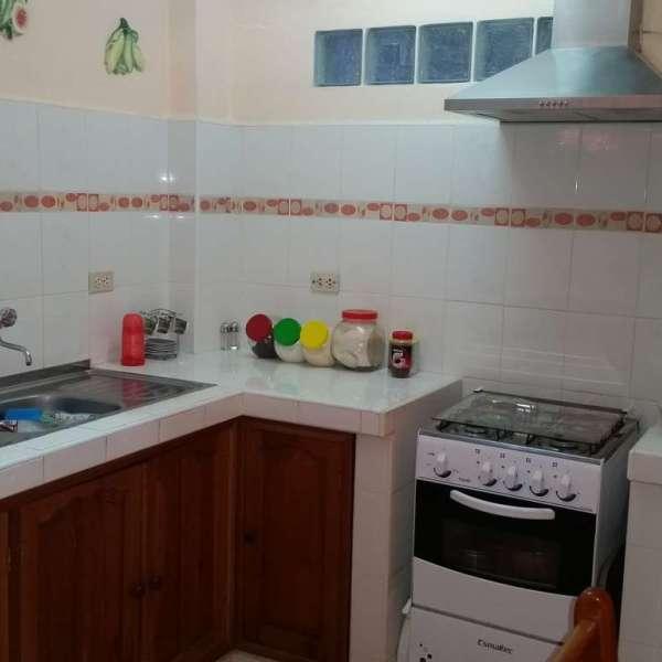 Apartamento de 3 cuartos y 2 baños por $ 60.000: Cocina