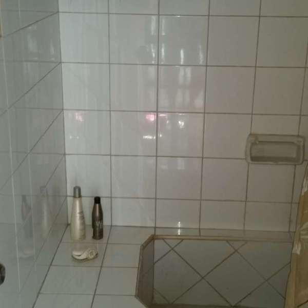Casa de 4 cuartos y 2 baños por $ 47.000: