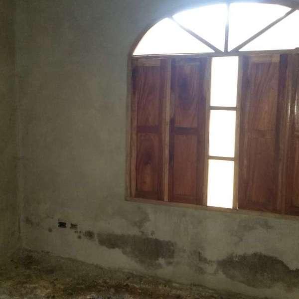 Casa de 3 cuartos y 2 baños por $ 60.000