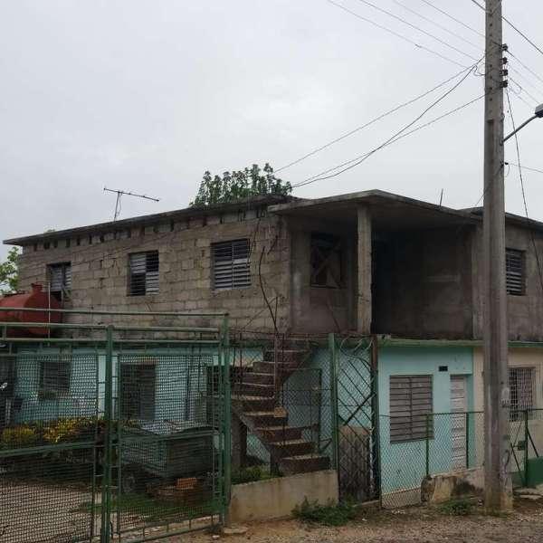 Casa de 3 cuartos y 1 baño por $ 12.000