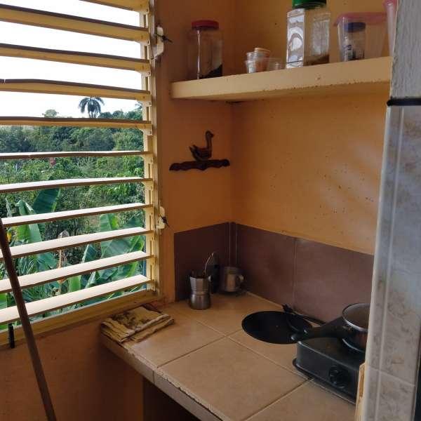 Apartamento de 3 cuartos y 1 baño por $ 13.500