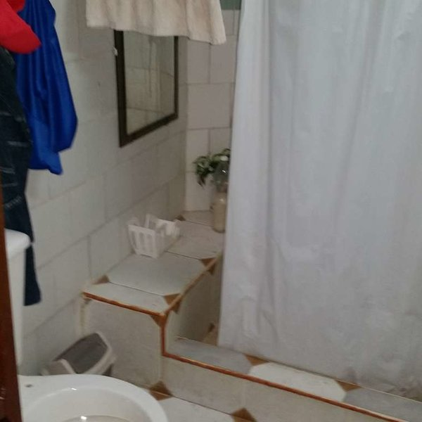 Casa de 5 cuartos y 3 baños por $ 80.000: