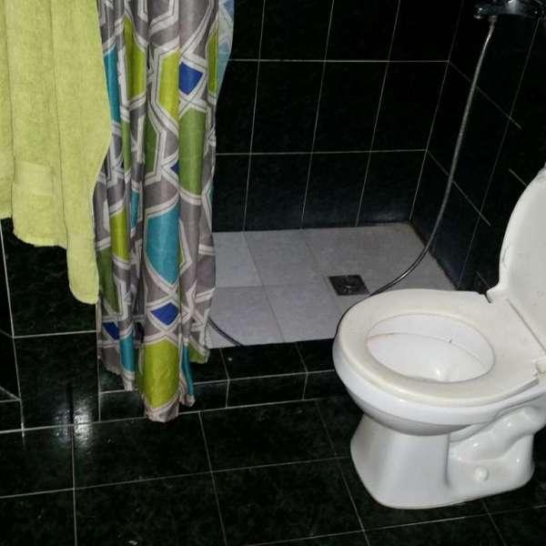 Casa de 2 cuartos y 2 baños por $ 24.000: