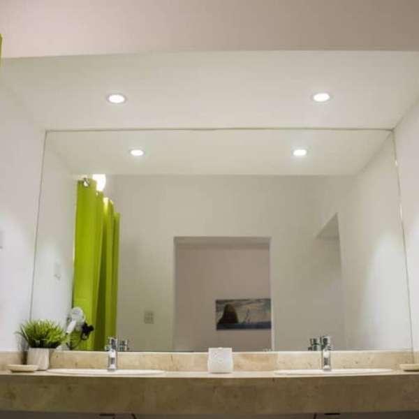 Casa de 7 cuartos, 9 baños y 1 garaje por $ 750.000