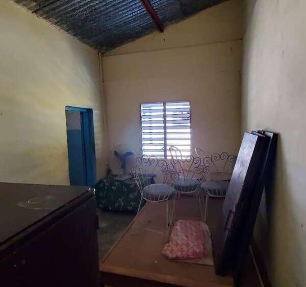 Casa de 3 cuartos y 1 baño por $ 15.000