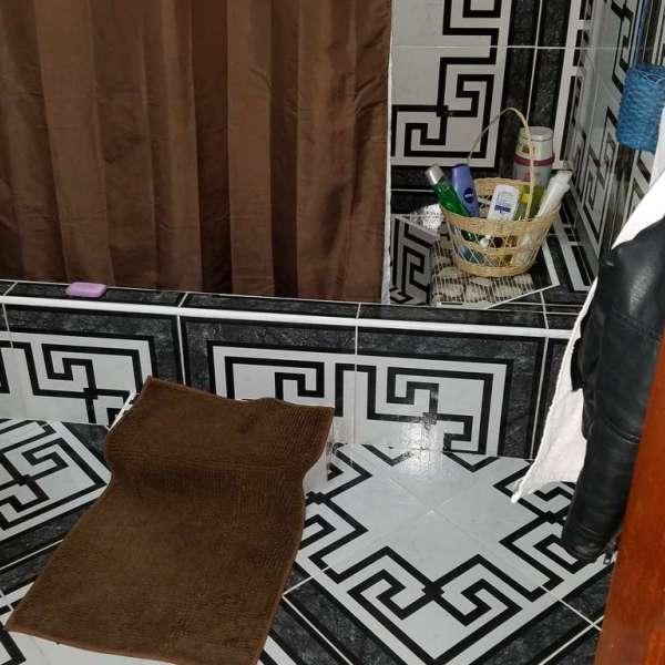 Casa de 4 cuartos y 4 baños por $ 50.000