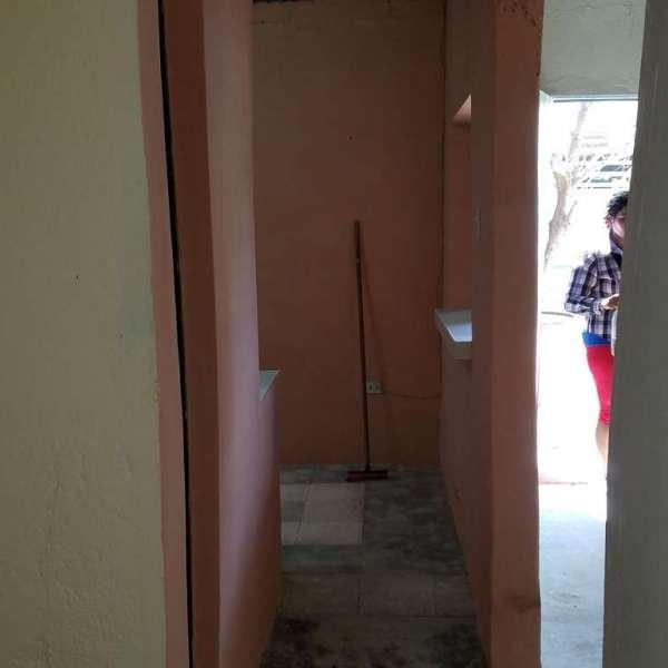 Casa de 2 cuartos y 1 baño por $ 7.000