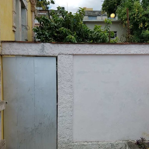 Casa de 5 cuartos, 4 baños y 1 garaje por $ 95.000