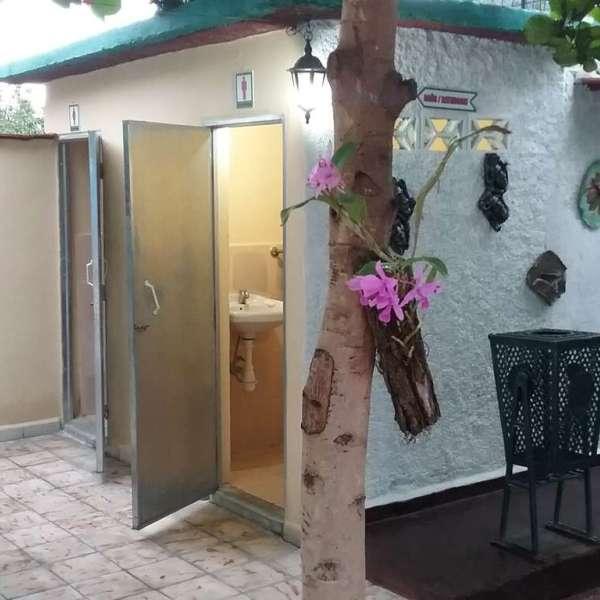 Casa de 4 cuartos y 2 baños por $ 45.000