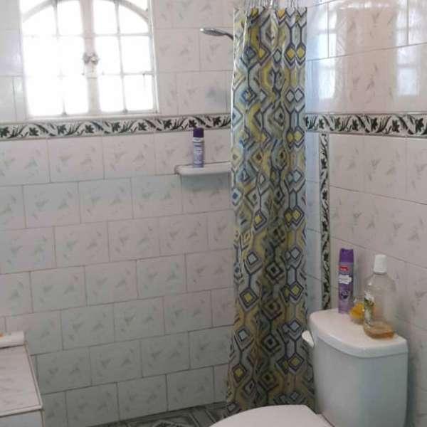 Casa de 3 cuartos y 2 baños por $ 110.000