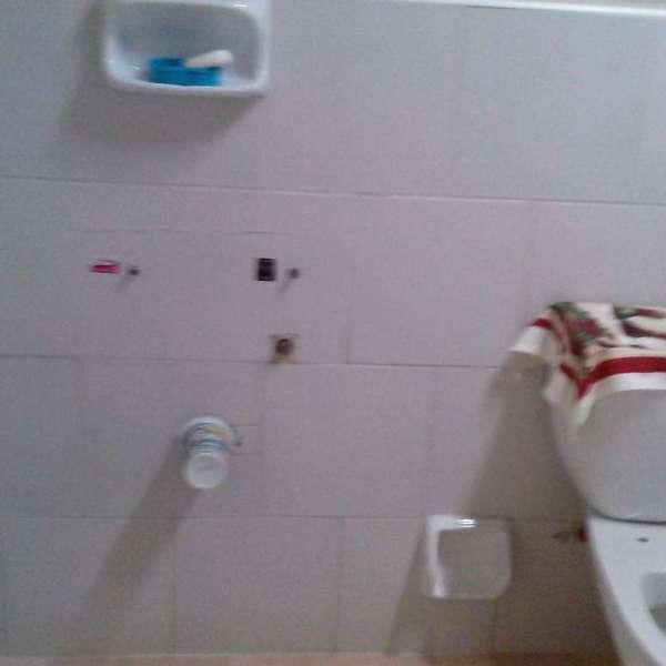 Casa de 2 cuartos y 1 baño por $ 4.000