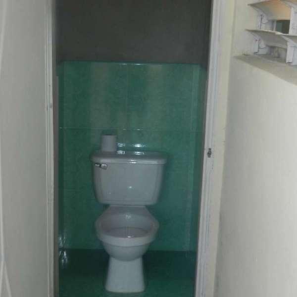 Casa de 2 cuartos y 3 baños por $ 30.000