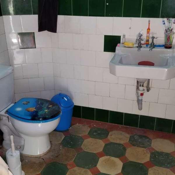 Casa de 4 cuartos y 3 baños por $ 130.000