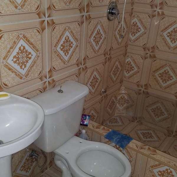 Casa de 3 cuartos y 2 baños por $ 28.000: