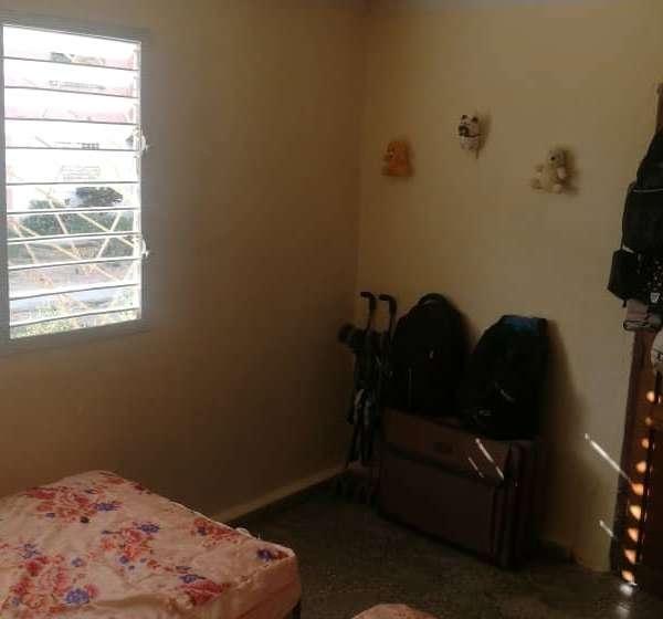 Apartamento de 2 cuartos y 1 baño por $ 10.500