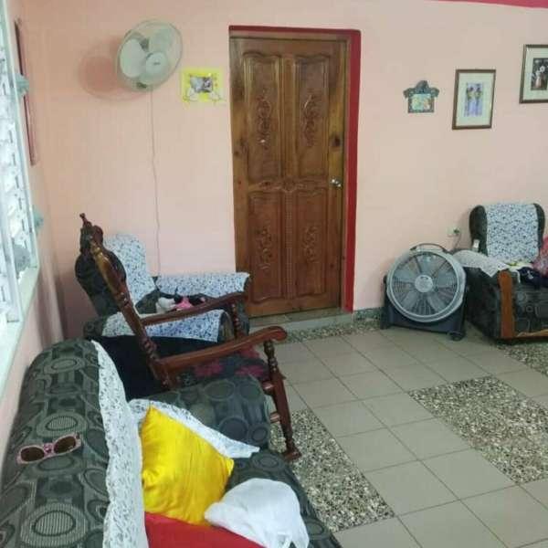 Apartamento de 2 cuartos y 1 baño por $ 18.000