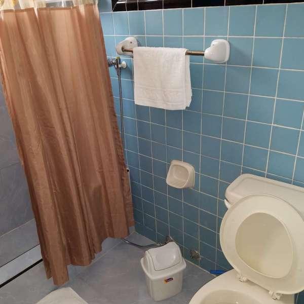 Casa de 4 cuartos y 2 baños por $ 120.000