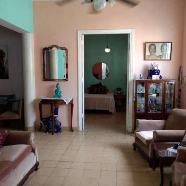 Casa de 2 cuartos y 1 baño por $ 150.000