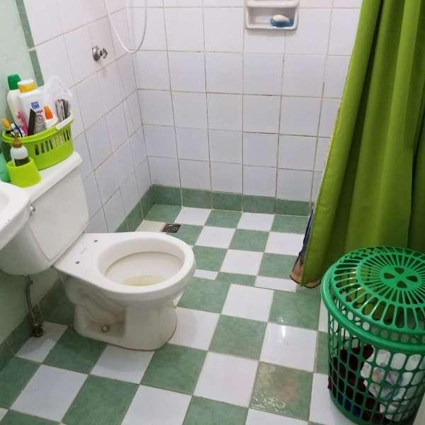 Casa de 2 cuartos y 1 baño por $ 15.000: