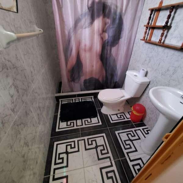 Casa de 3 cuartos, 2 baños y 1 garaje por $ 60.000