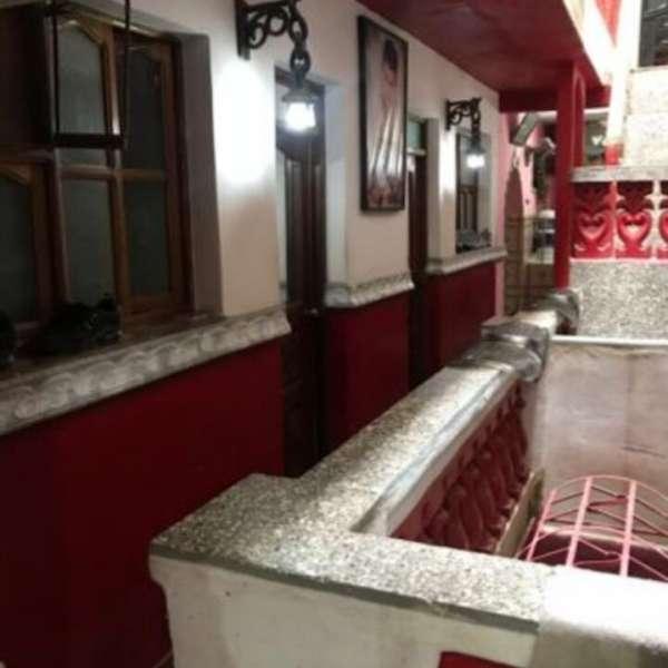 Casa de 6 cuartos y 4 baños por $ 230.000