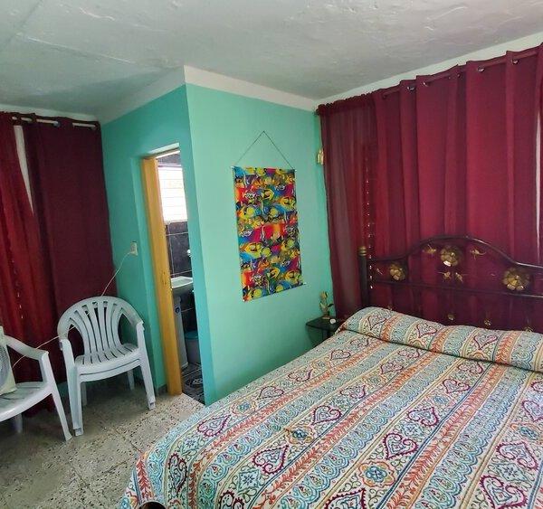 Casa de 2 cuartos y 2 baños por $ 40.000