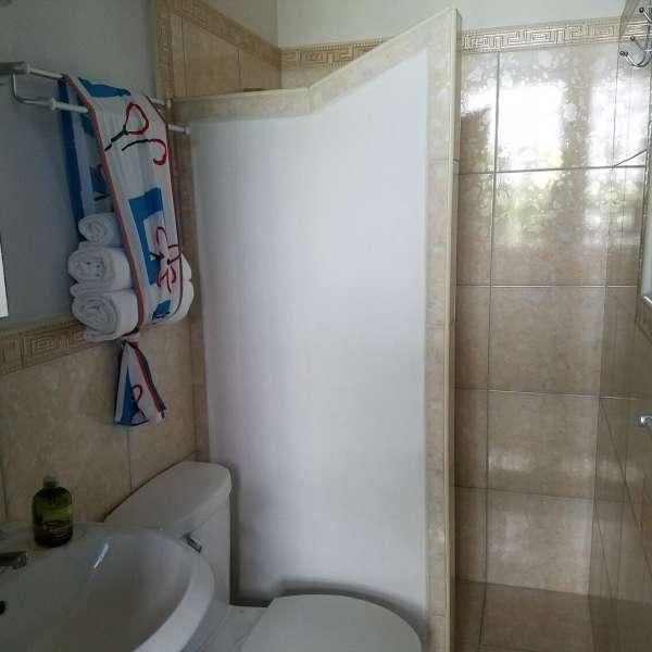 Casa de 7 cuartos y 6 baños por $ Ajustable