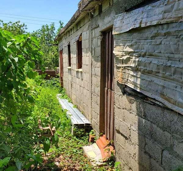 Casa de 3 cuartos y 1 baño por $ 28.000
