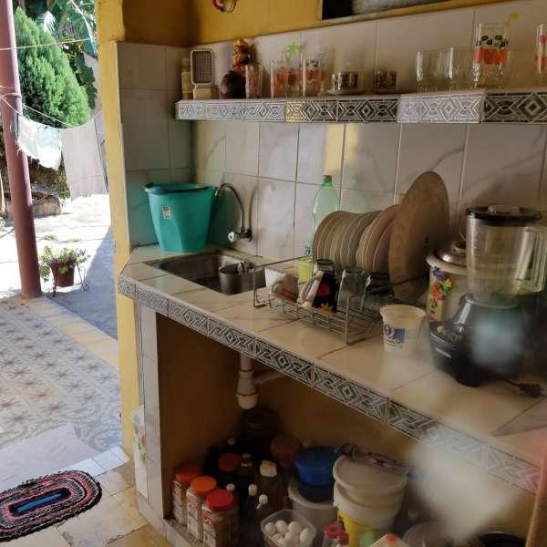 Casa de 4 cuartos y 2 baños por $ 25.000