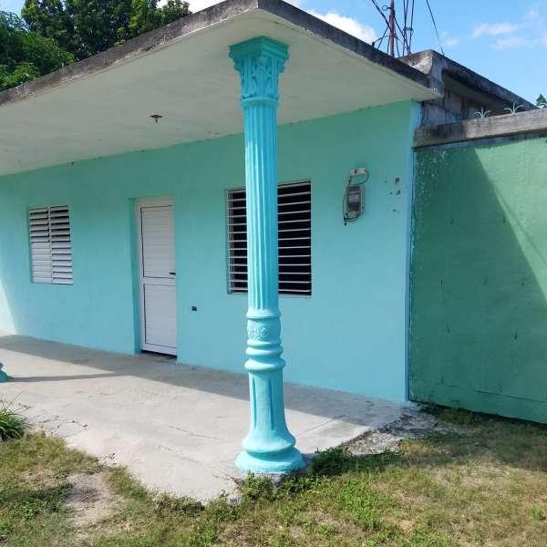 Casa de 3 cuartos, 1 baño y 1 garaje por $ 17.000