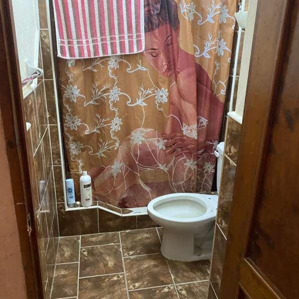 Casa de 2 cuartos y 1 baño por $ 45.000