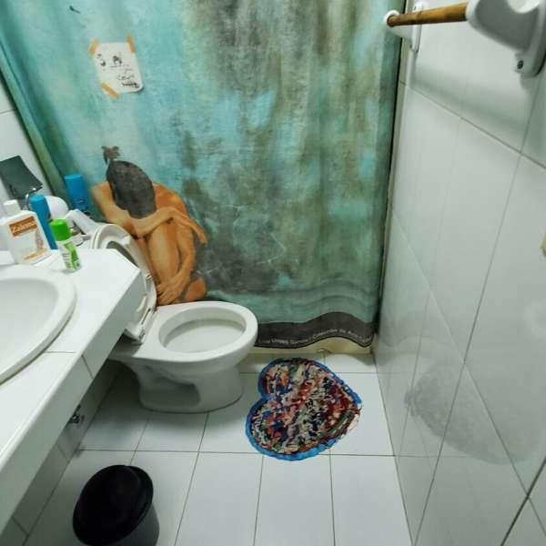 Casa de 4 cuartos, 3 baños y 1 garaje por $ 70.000